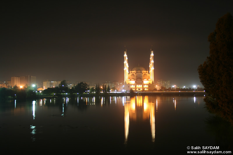 Central Sabanci Mosque (The Largest Mosque in Turkey and Middle East) Photo Gallery 4 (Night) (Adana)