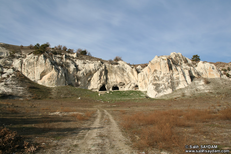 Mahkeme Agacin Village Photo Gallery 17 (Cave Churches) (Ankara, Kizilcahamam)