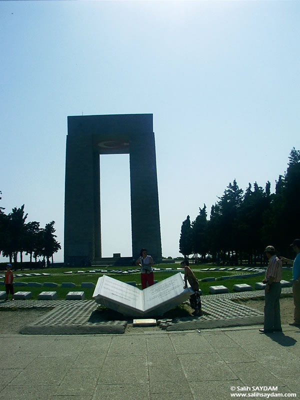 Canakkale Martyrs Monument Photo Gallery (Canakkale, Gallipoli)
