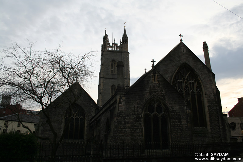 The City Parish Church Photo Gallery (Cardiff, Whales, United Kingdom)