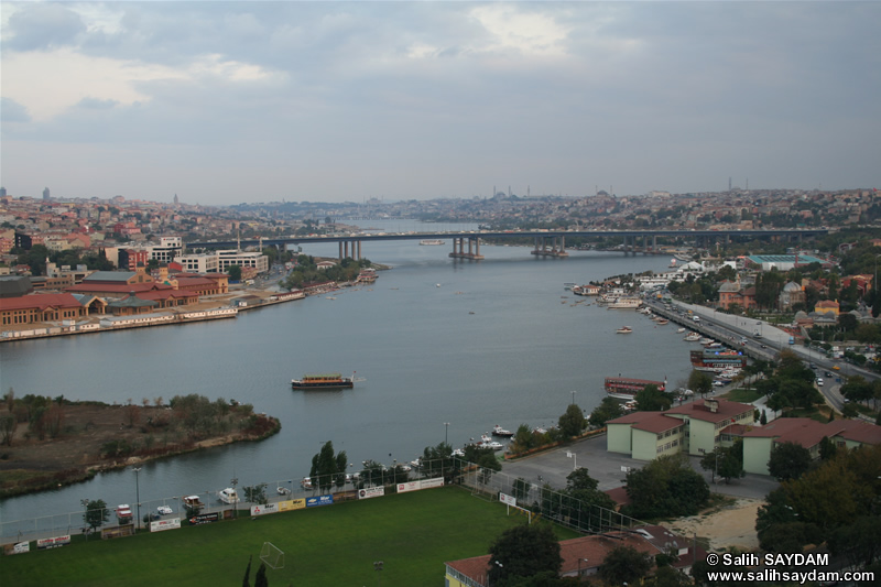 Istanbul Sightings from Hill of Pierre Lotti Photo Gallery 3 (Istanbul)