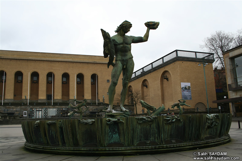 Statue of Poseidon Photo Gallery (Gothenburg, Sweden)