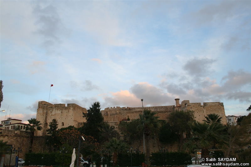 Cesme Castle Photo Gallery 1 (Outer) (Izmir, Cesme)