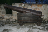 Cesme Castle Photo Gallery 8 (Historical Canon's) (Izmir, Cesme)