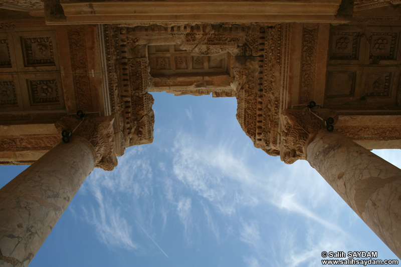 Ephesus Antique City Photo Gallery 11 (Library of Celsus) (Selcuk, Izmir)