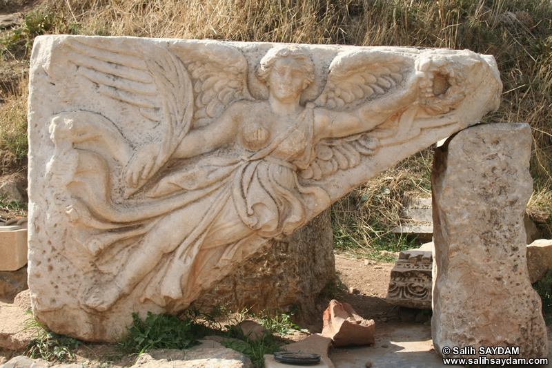 Ephesus Antique City Photo Gallery 14 (Temple of Domitian) (Selcuk, Izmir)