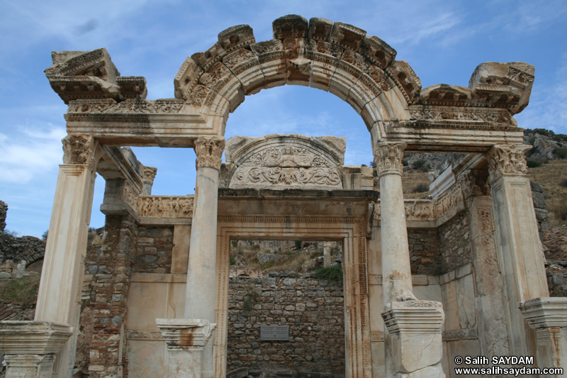 Ephesus Antique City Photo Gallery 15 (Temple of Hadrian) (Selcuk, Izmir)