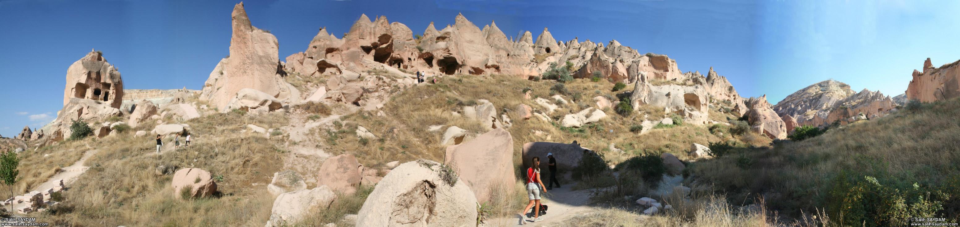 01 >> Panorama of Zelve 1 (Nevsehir, Cappadocia)