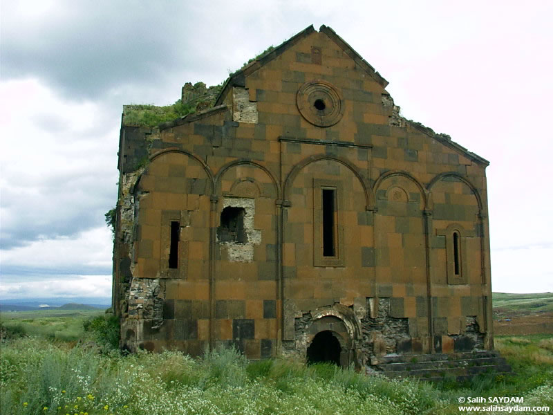 Ani Ruins Photo Gallery 4 (The Cathedral of Ani (Fethiye Mosque)) (Kars, Ani)