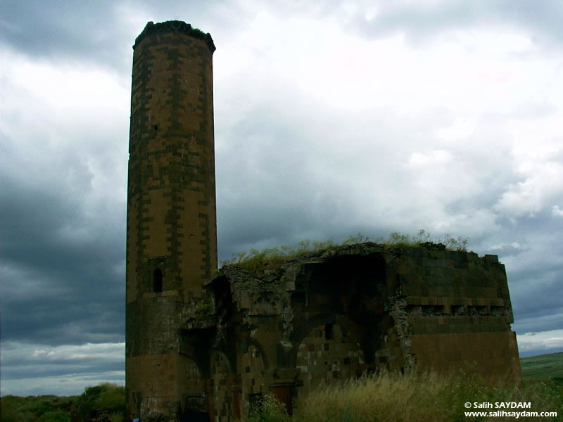 Ani Ruins Photo Gallery 3 (Mosque of Ebul Minuchihr) (Kars, Ani)