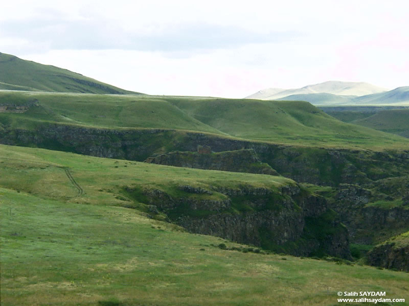 Ani Ruins Photo Gallery 13 (Maiden's Castle) (Kars, Ani)