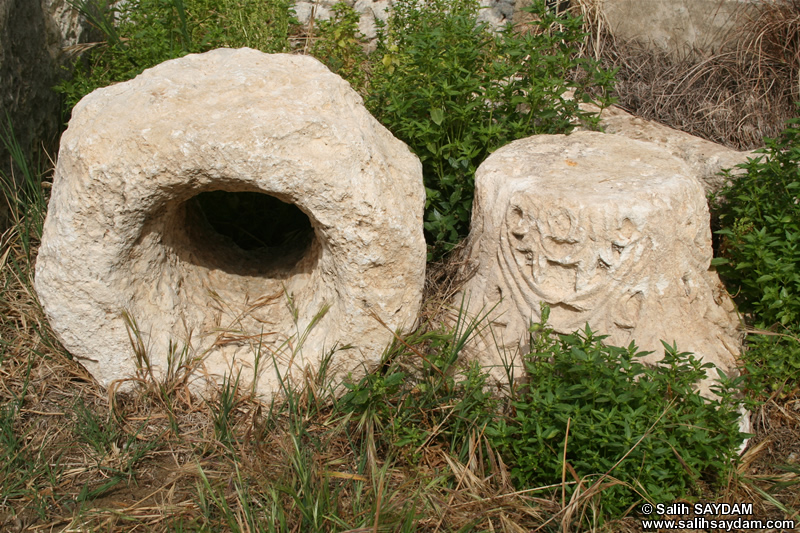 Maiden's Castle (Korykos, Kizkalesi) Photo Gallery 5 (Ruins at Outer Castle) (Mersin, Erdemli, Kizkalesi)